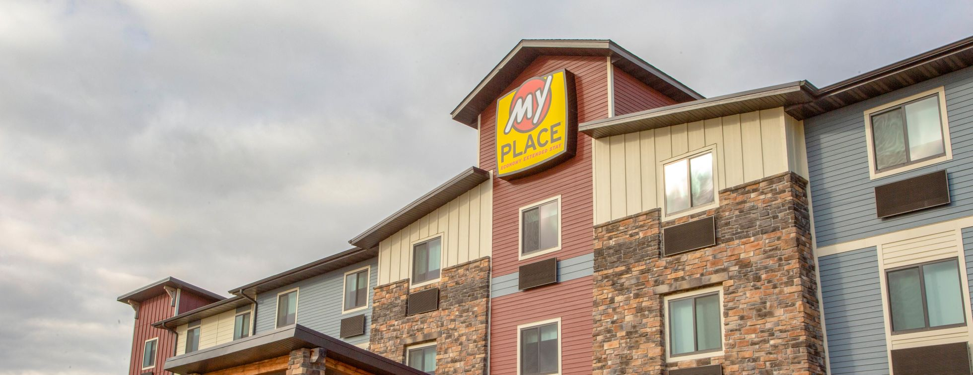 My Place Hotel Fargo Exterior Image