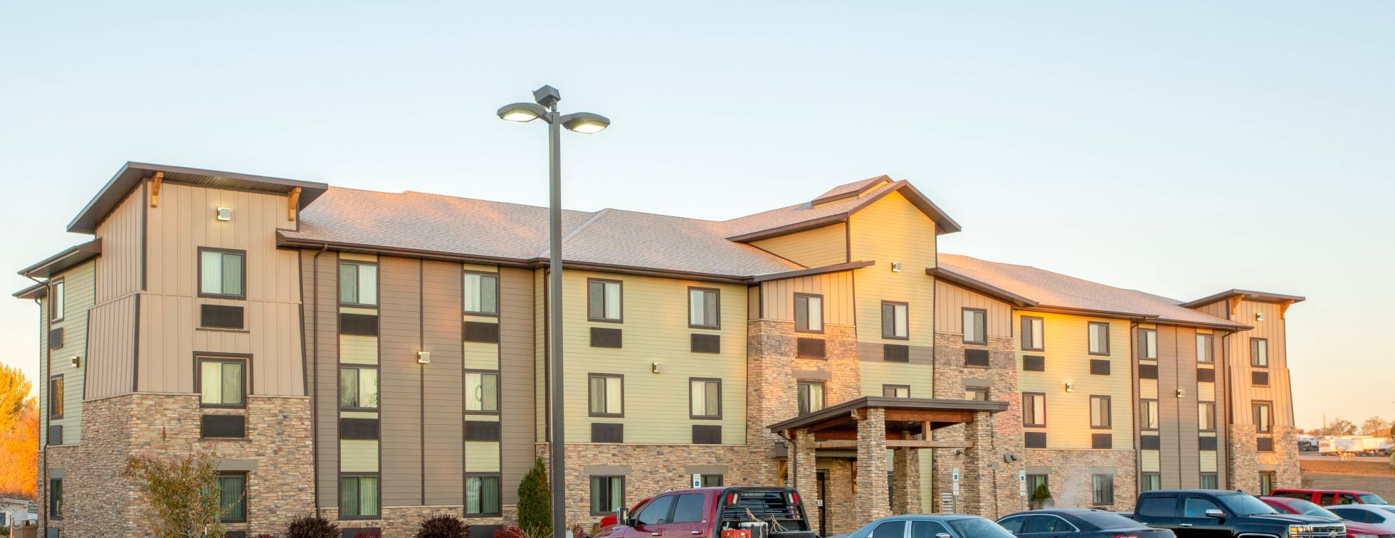 My Place Hotel Bismarck Exterior Image